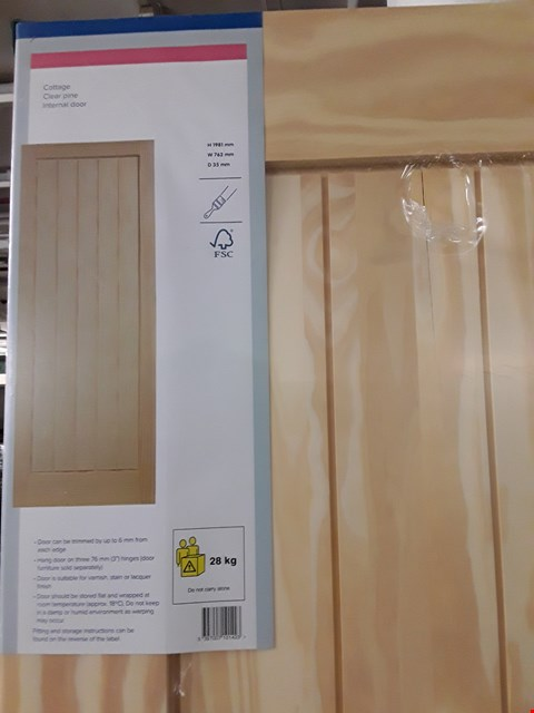 Lot 3162 COTTAGE CLEAR PINE INTERNAL DOOR H1981 X W762 X D35 MM