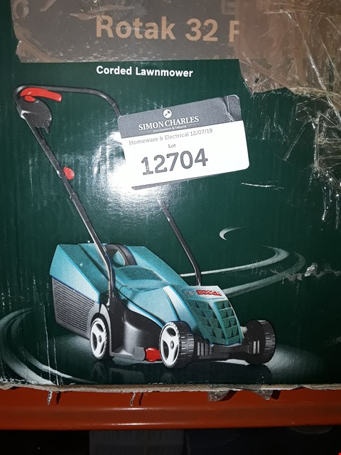 Lot 12704 BOSCH ROTAK 32R CORDED LAWNMOWER