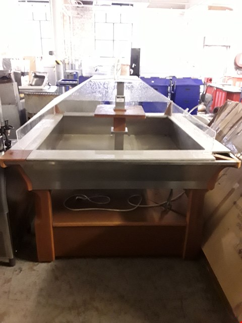 Lot 2019 HYDRAULIC BUFFET ISLAND DISPLAY