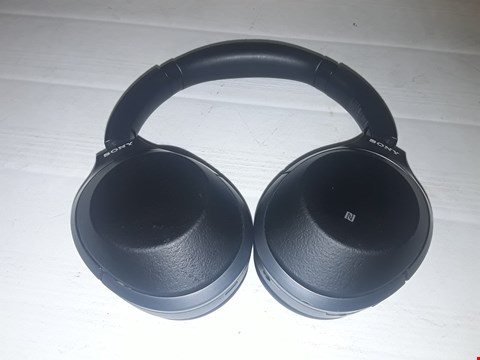 Lot 12287 SONY WH-1000XM2 WIRELESS OVER-EAR NOISE CANCELLING HIGH RESOLUTION HEADPHONES