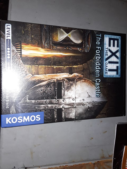 Lot 653 KOSMOS  ) EXIT THE GAME, THE FORBIDDEN CASTLE