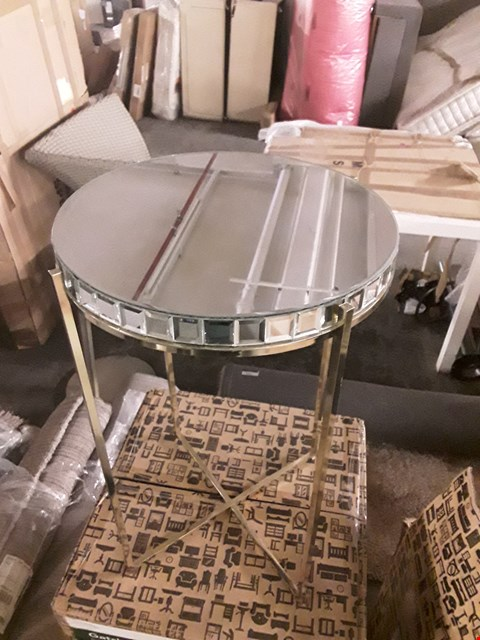 Lot 7028 BOXED GATSBY MIRRORED SIDE TABLE
