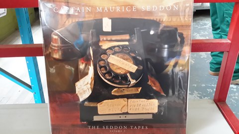 Lot 9086 LOT OF 10 ASSORTED VINYL RECORDS TO INCLUDE CAPTAIN MAURICE SEDDON,  THE WHIPPETS FROM NOWHERE, KHRUANGBIN, THE ATTIKA STATE ETC