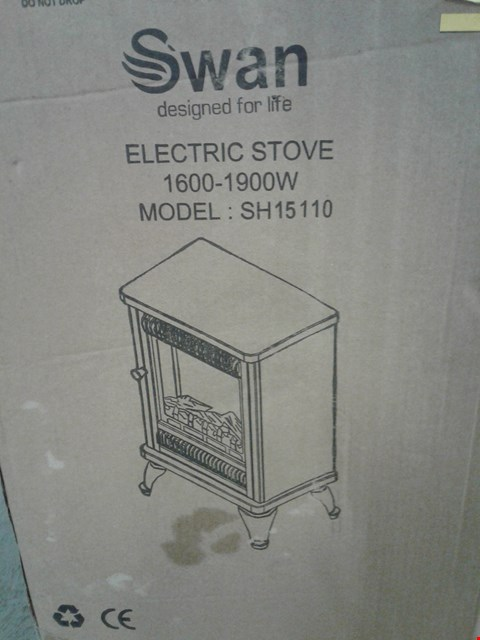 Lot 2157 BOXED SWAN SH15110 ELECTRIC STOVE RRP £120
