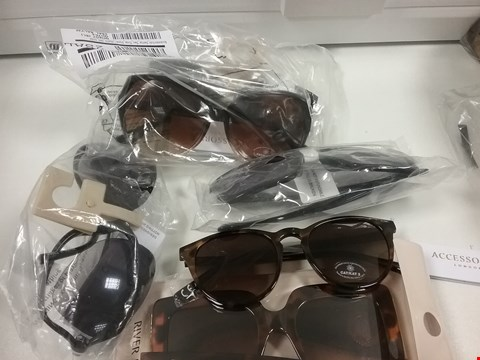Lot 2422 LOT OF APPROXIMATELY 6 ASSORTED SUNGLASSES TO INCLUDE RIVER ISLAND, ACCESSORIZE ETC