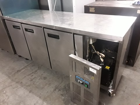 Lot 34 POLAR COMMERCIAL 3 DOOR COUNTER FRIDGE
