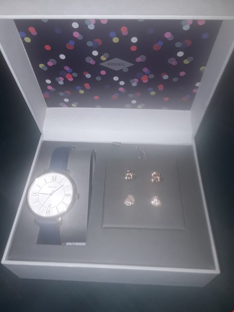 Lot 1019 FOSSIL JACQUELINE WATCH AND EARRING SET RRP £199