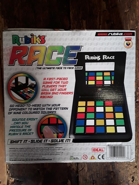 Lot 2089 BOXED GRADE 1 RUBIK'S RACE THE ULTIMATE FACE TO FACE GAME RRP £32