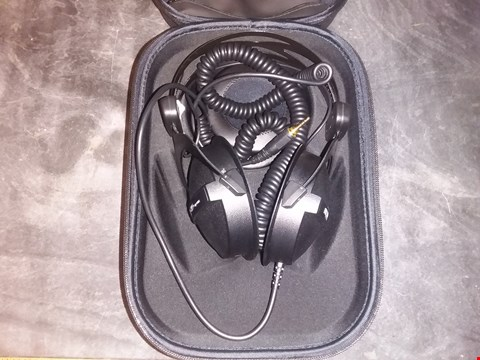 Lot 5147 BEYERDYNAMIC DT 770 PRO THE STUDIO LEGEND EARPHONES