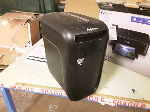 Lot 837 FELLOWES 60CS PAPER SHREDDER
