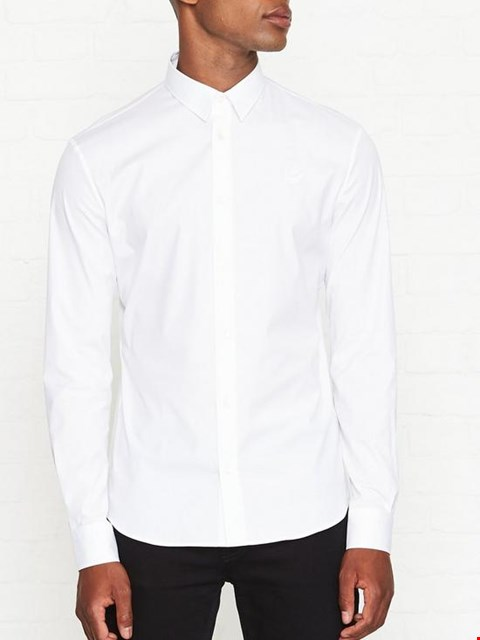 Lot 7121 MCQ ALEXANDER MCQUEEN CURTIS WHITE SHIRT WITH SWALLOW LOGO - SIZE 38 UK