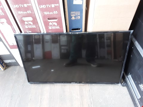 "Lot 1124 PANASONIC VIERA D300 43"" LED TV - damaged"