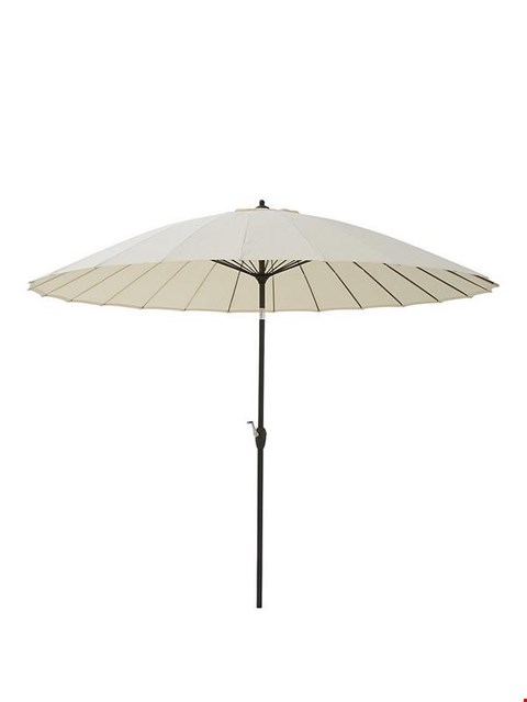 Lot 7021 BOXED GRADE 1 SHANGHAI 3M PARASOL CREAM