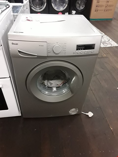 Lot 9069 SWAN SW15830S8KG 1200 SPIN WASHING MACHINE IN SILVER