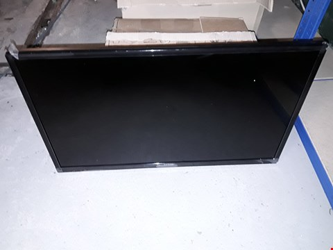 Lot 17599 LUXURY 32 INCH HD READY FREEVIEW TV