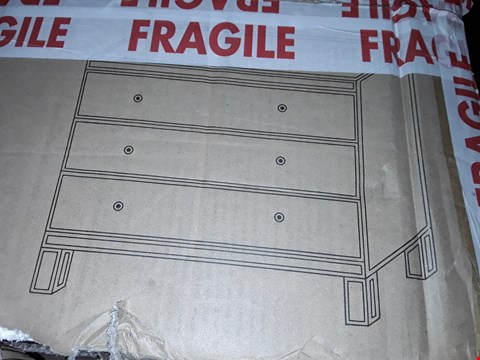 Lot 9035 BOXED PARISIAN 3 DRAWER WIDE CHEST MIRRORED ( 1 BOX )  RRP £289.00