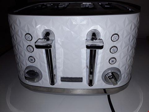 Lot 123 MURPHY RICHARD'S 4 SLICE TOASTER IN WIGHT  RRP £49.99