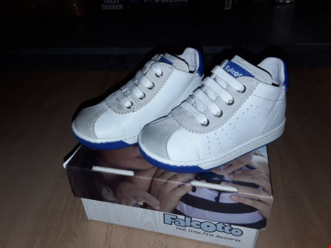 Lot 12429 BOXED FALCOTTO ARIS WHITE LEATHER LACE UP TRAINERS UK SIZE 4.5 JUNIOR