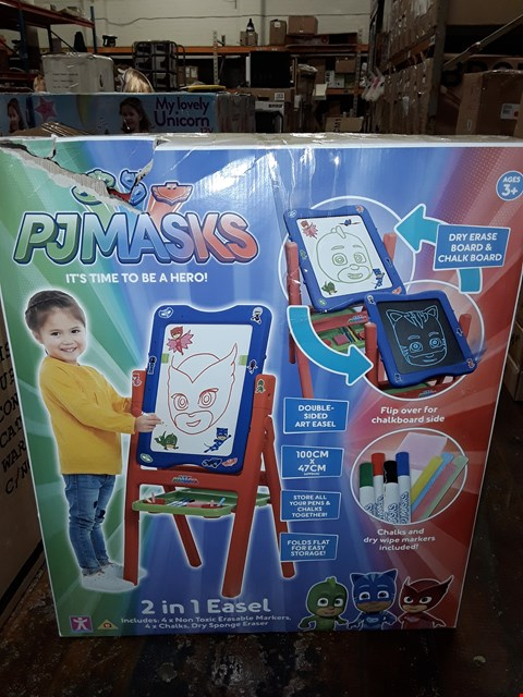 Lot 1358 PJ MASKS 2 IN 1 EASEL RRP £35