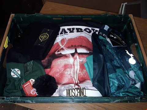 Lot 4729 LARGE CRATE OF ASSORTED DESIGNER CLOTHING ITEMS