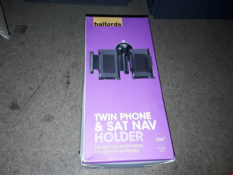 Lot 2622 LOT OF APPROXIMATELY 24 TWIN PHONE AND SAT NAV HOLDER