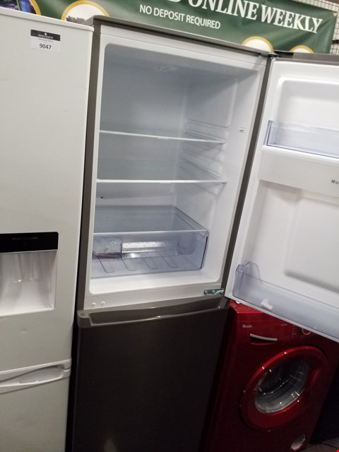 Lot 9046 SWAN 55CM FRIDGE FREEZER- SILVER - SR15635S