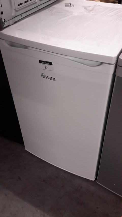 Lot 87 SWAN SR70170W UNDER COUNTER FREEZER RRP £119.99