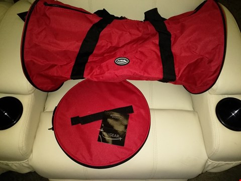 Lot 9130 BOX OF APPROXIMATELY 30 FLYGEAR LARGE ULTRA-LIGHTWEIGHT FOLD AWAY HOLDALL IN RED