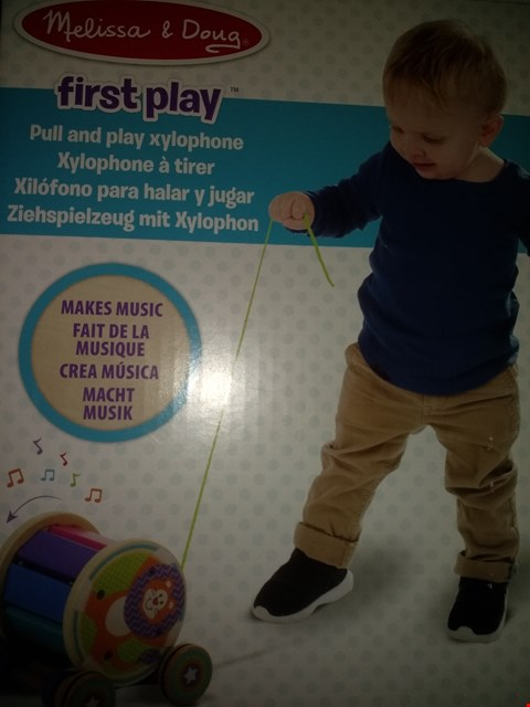 Lot 8516 MELISSA & DOUG FIRST PLAY PULL AND PLAY XYLOPHONE
