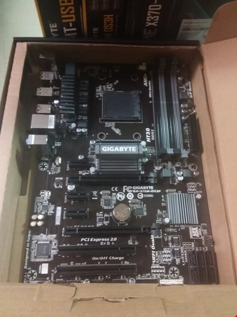Lot 267 GIGABYTE 970A-DS3P MOTHERBOARD
