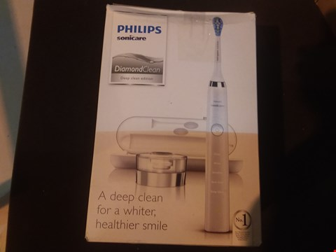 Lot 6550 PHILIPS SONICARE DIAMOND CLEAN DEEP CLEAN EDITION TOOTHBRUSH