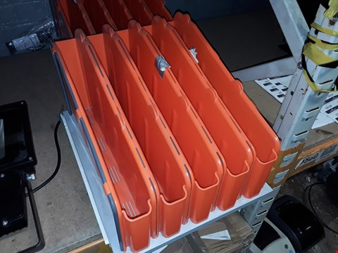 Lot 9309 LOT OF 2 ORANGE 5-COMPARTMENT ORGANISERS