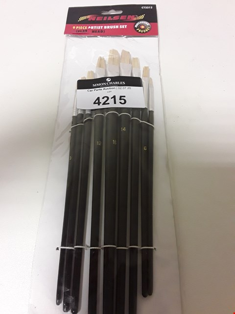 Lot 4215 NEILSEN 9 PIECE ARTIST BRUSH SET