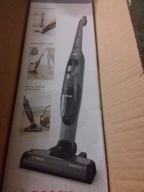 Lot 592 BOSCH READY 21.6V CORDLESS 2 IN 1 VACUUM CLEANER