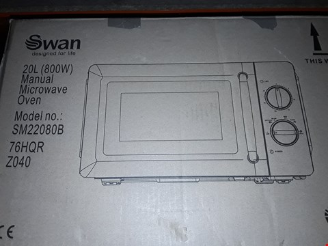Lot 44 SWAN MANUAL MICROWAVE OVEN SM22080B BLACK RRP £89.99