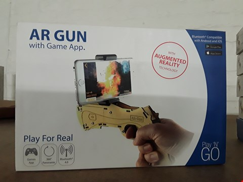 Lot 2624 APPROXIMATELY 6 X PLAY N GO AR GUN WITH GAME APP