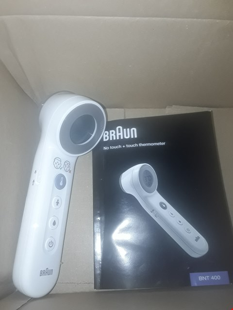 Lot 3343 BRAUN NO TOUCH + TOUCH THERMOMETER