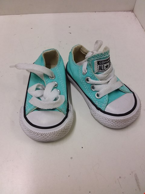 Lot 9040 CONVERSE ALL STARS BABY CANVAS SHOES - TURQUOISE SIZE 2