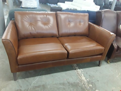 Lot 7 QUALITY BRITISH DESIGNER BROWN LEATHER 2 SEATER SOFA WITH BUTTON BACK DETAIL
