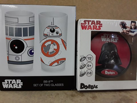 Lot 311 2 BRAND NEW BOXED STAR WARS ITEMS TO INCLUDE A SET OF TWO GLASSES AND DOBBLE