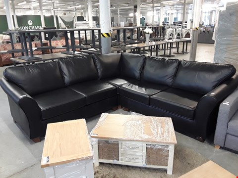 Lot 19 QUALITY BRITISH DESIGNER BLACK LEATHER CORNER SOFA