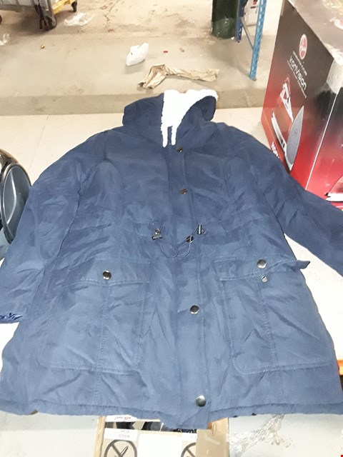 Lot 2202 A LOT OF APPROXIMATELY 10 ASSORTED BRAND NEW JACKETS  RRP £200