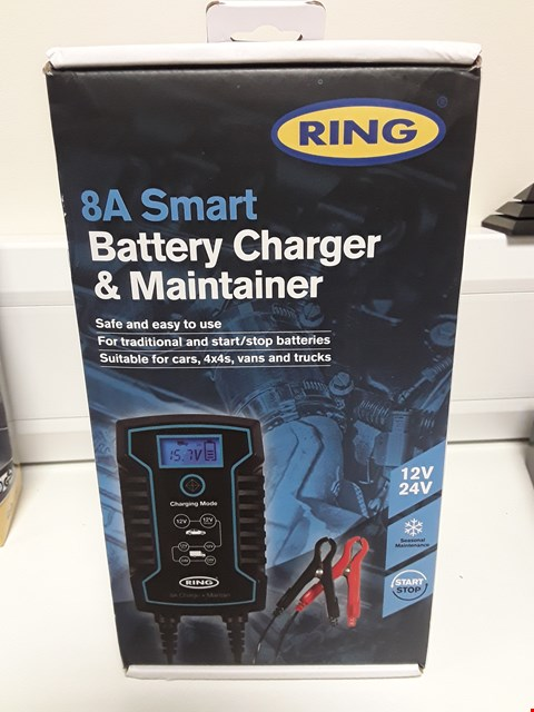 Lot 4088 BOXED RING 8A BATTERY CHARGER & MAINTAINER 12V/24V