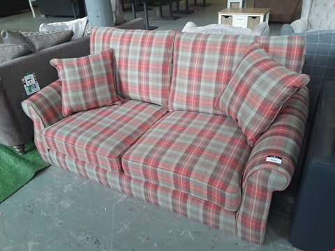 Lot 33 QUALITY BRITISH DESIGNER ORKNEY COSY CHECK FABRIC ASHFORD 3 SEATER SOFA