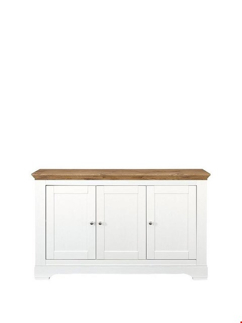 Lot 7052 BOXED GRADE 1 WILTSHIRE CREAM AND OAK-EFFECT LARGE SIDEBOARD (1 BOX) RRP £229.00