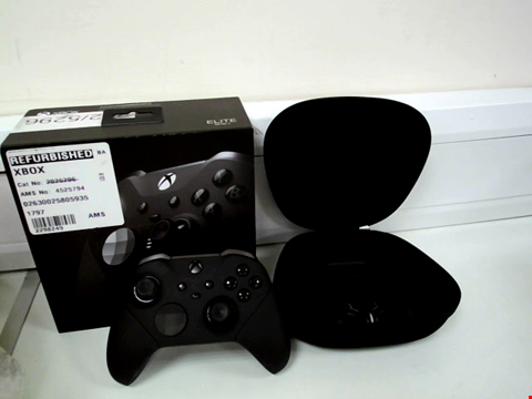 Lot 8049 XBOX ONE ELITE CONTROLLER SERIES 2