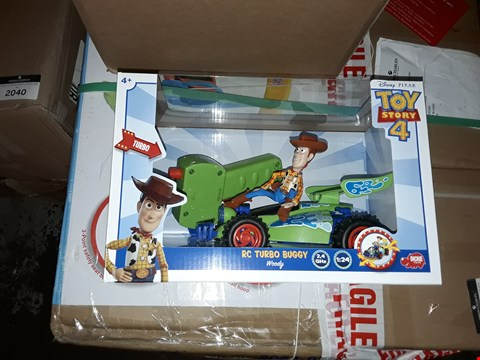 Lot 7843 BOXED GRADE 1 DISNEY PIXAR TOY STORY 4 RC TURBO BUGGY WOODY RRP £35.00