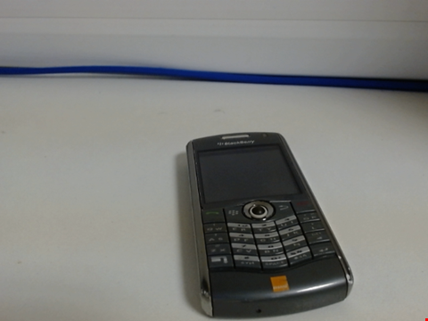 Lot 6572 BLACKBERRY 8120 MOBILE PHONE - CAPACITY UNKNOWN