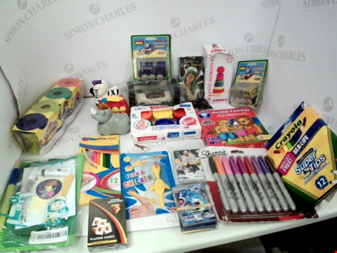 "Lot 3048 LOT OF ASSORTED TOYS & COLLECTIBLES TO INCLUDE: THOMAS THE TANK ENGINE MODELS, CRAYOLA ""SUPER TIPS"" WASHABLE MARKERS, ASSORTED COLOUR SHARPIE PERMANENT MARKERS, POKEMON CARDS"