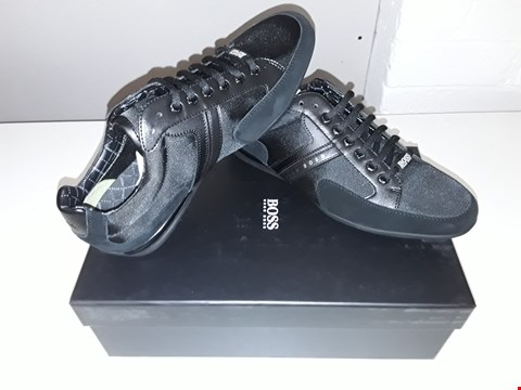 Lot 5223 BOXED BRAND NEW HUGO BOSS SPACIT TRAINERS SIZE 8 BLACK
